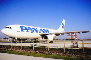 11af_-_Pan_Am_-_The_New_Airline_Airbus_A300B4-203;_N864PA@FLL;30.01.1998_(5531981658) (2)