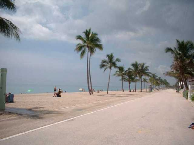 HollywoodFL_Beach