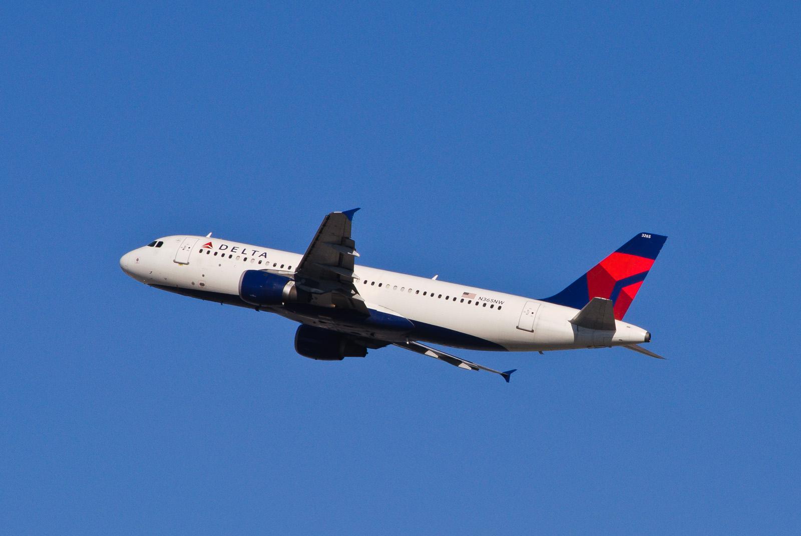 Delta Reducing Cincinnati To Florida Flying The Florida