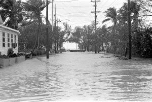 800px-Hurricane_Betsy_Key_West_Street_Flooding